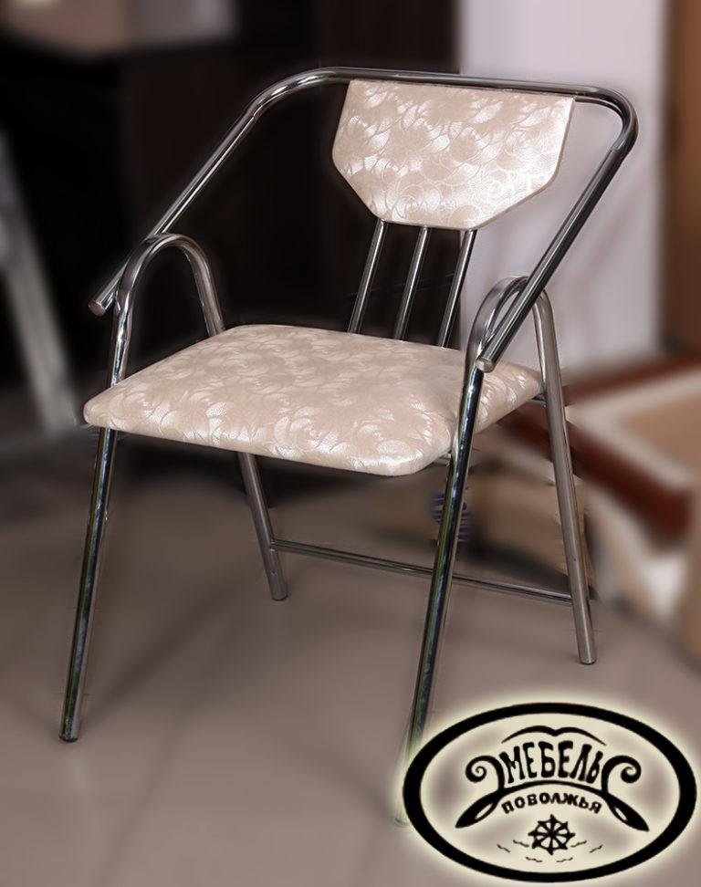 Кресло комфорт на хромированном металлокарскасе